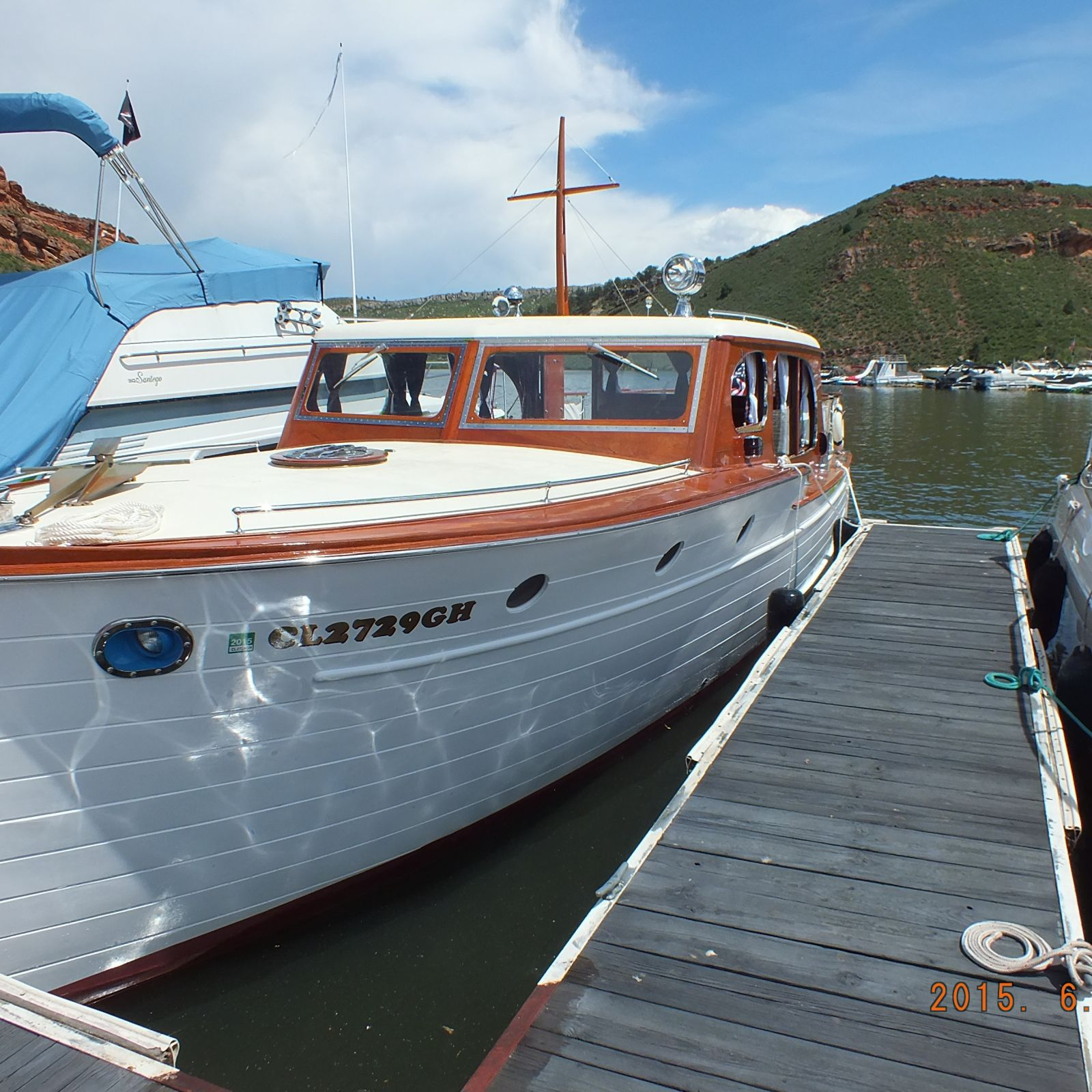 Power classic wooden boat ladyben classic wooden boats for Classic chris craft wooden boats